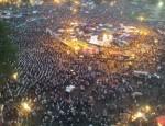 tahrir-prayer-egypt-1