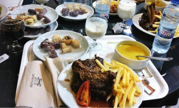 IKEA Iftar Koweit