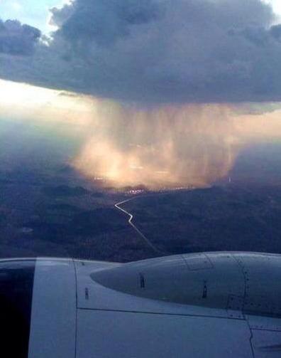 pluie depuis un avion