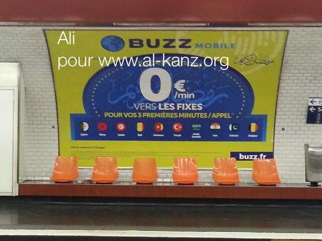 Buzzmobile dans le métro parisien