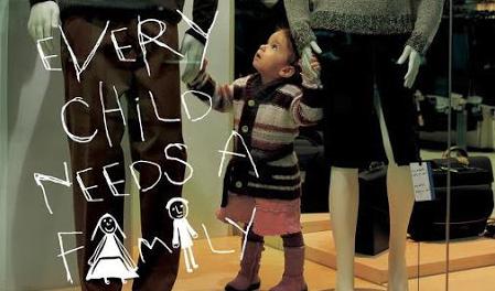 Unicef : Chaque enfant a besoin d'un papa et d'une maman