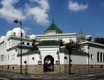 mosquee de paris shutterstock