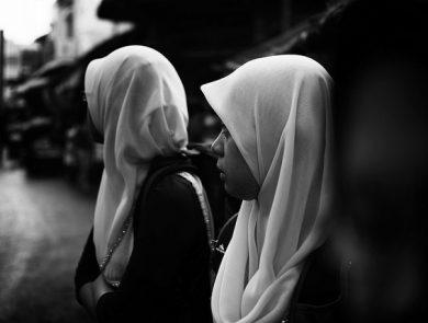 hijab noir et blanc